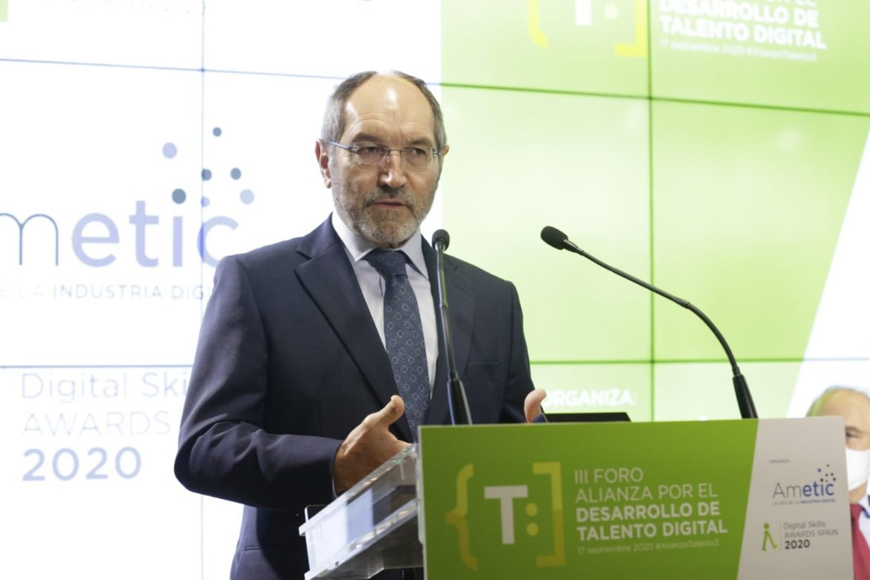 Pedro Mier presidente de AMETIC